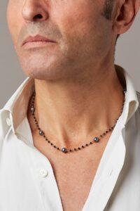 Collier Rosario con perle nere e spinelli