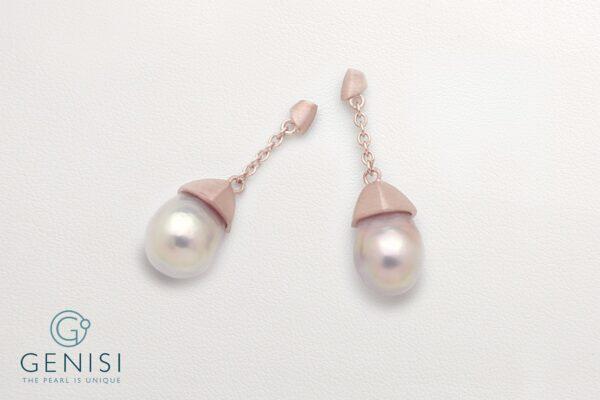 Orecchini con perla rosa Kasumiga montate su elementi in argento satinato placcato oro rosè