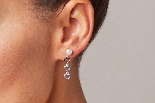 orecchini con perle e cuori