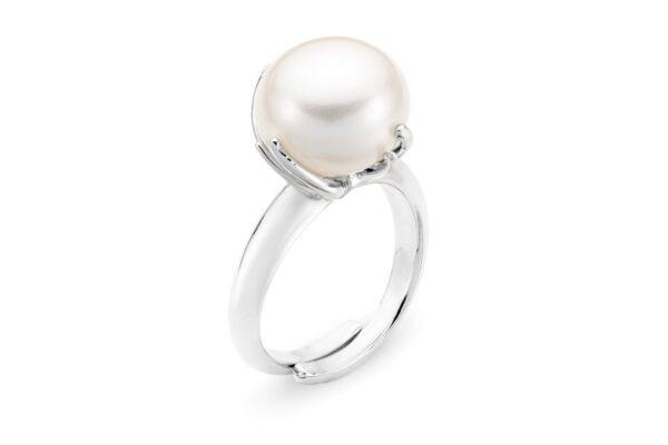 anello con perla bianca