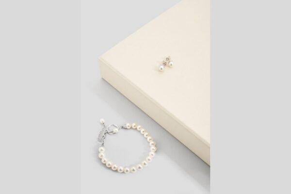 parure bracciale e orecchini di perle