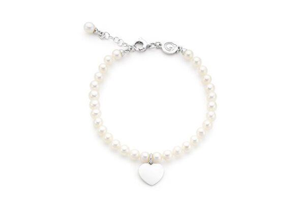 bracciale di perle con charm a cuore