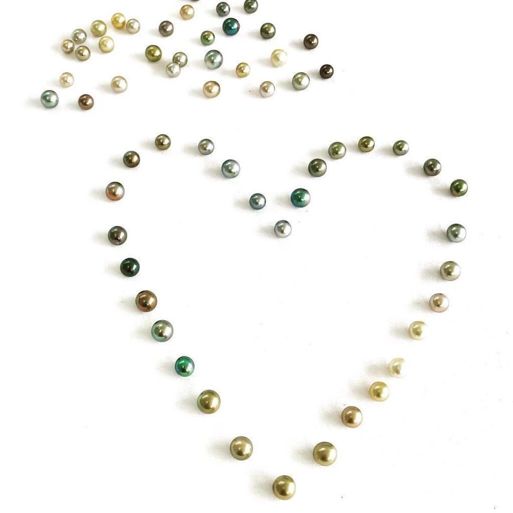 Tutti i colori delle perle di Tahiti